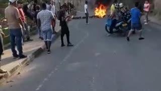 Protesta vía Girón - Zapatoca