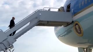 President Trump Getting On Air Force One Like A Boss !