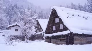 Relaxing Piano music - Winter Snowing at Christmas