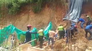 Encuentran el cadáver de una persona tras el derrumbe de una construcción en Floridablanca