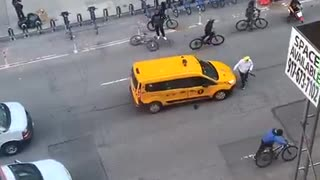 Attack On A NYC Cab Driver In Broad Daylight