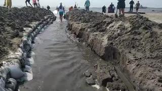 Comunidad de El Laguito abre la boca de la laguna