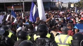 ¿Quién está detrás de las caravanas de migrantes?