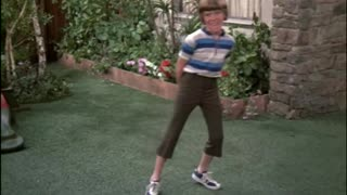 Bobby Brady poops his pants