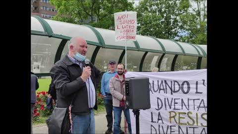Intervento di Lucio Basso alla manifestazione davanti all'ospedale di Bassano del Grappa