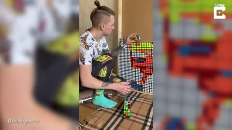 Incredible Artist Creates Cartoon Characters Using Rubik's Cubes