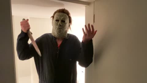 Don't Wear Glow In The Dark Nail Polish if you are being chased by Michael Myers