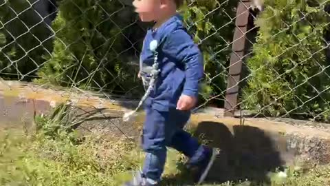 Look at this toddler How he is Running 😂😂