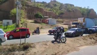 Reportan los primeros bloqueos en Girón. El paso hacia el Anillo vial está restringido.