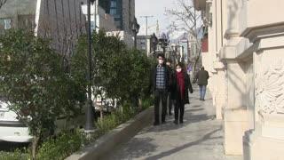 Crisis del coronavirus se dispara en Irán, aislado por sus vecinos