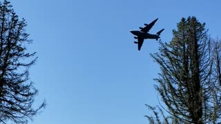 C17 Globemaster flyover