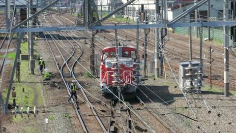 DE10 Switcher arriving to Goryokaku Yard