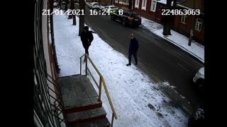 Видео с места избиения Руслана Тотрова 21.01.2021