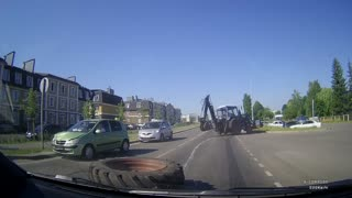Tractor Tire Falls off and Crashing into Traffic