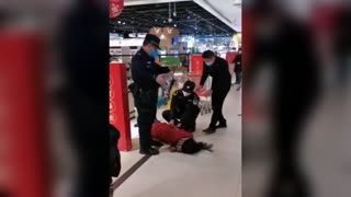 Woman Arrested For Refusing To Wear Mask In Supermarket