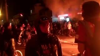Videos: Se desatan fuertes disturbios por la muerte de un abogado en Bogotá