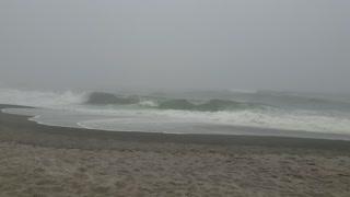 1 minute of Pacific ocean waves