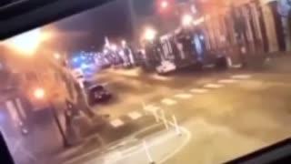 Nashville Bomb explosion, Officer just walks out of sight
