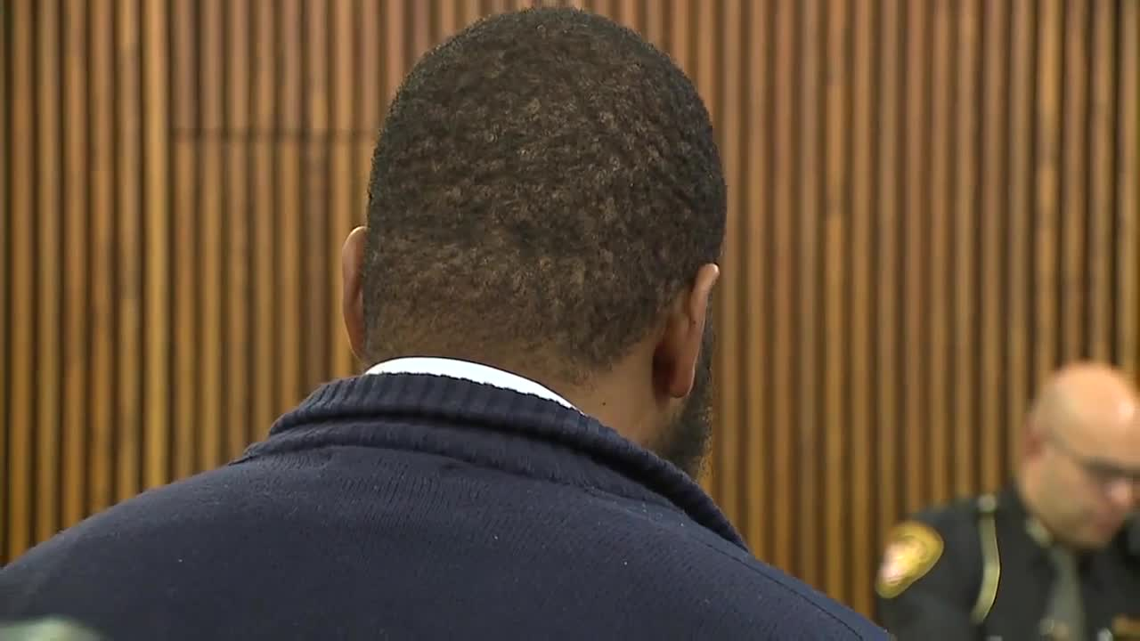 Jailer accused of pepper-spraying inmate appears in court