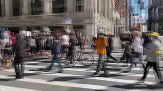 [Video] ¿Qué estados levantaron orden de llevar tapabocas en EE. UU.?
