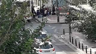 Φέρανε κι άλλους λαθρομετανάστες στο ξενοδοχείο στην οδό Λιοσίων