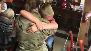 Kids welcoming their Miltary Parents