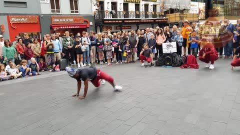 Amazing street dancers