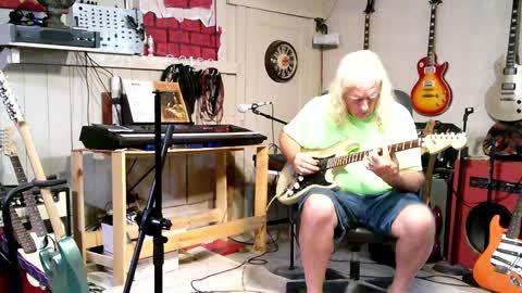Stratocaster Shootout @ Mark's Guitar Bar