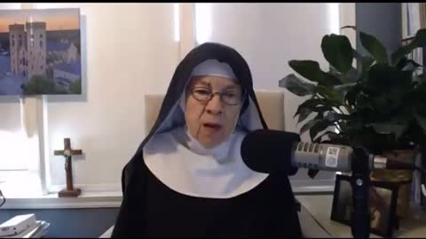 Nun states about the NWO and pope