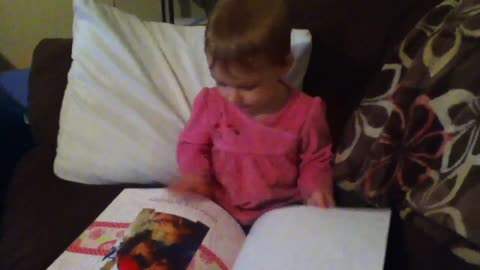 Emma reading pictures it is