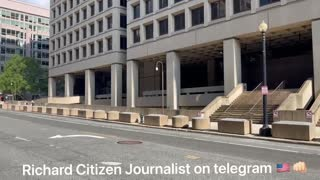 Richard Citizen Journalist - The FBI Buliding In Washington D.C. Is Empty And Doors Are Boarded Over. 𝓣𝓱𝓮 𝓢𝓽𝓸𝓻𝓶 𝓘𝓼 𝓗𝓮𝓻𝓮