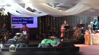 Spontaneous Worship in David Tent's