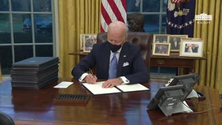 Conservatives ERUPT As Biden Signs Stack of Executive Orders