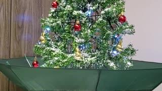 My snowing Christmas tree
