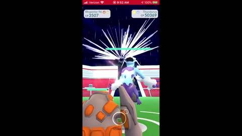 Pokemon Go - Thundurus (Therian Forme) Raiding