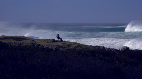 3 story waves off the South Coast of New South Wales, Australia
