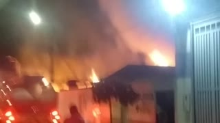 Incendio consumió fábrica de muebles en Bucaramanga