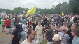 London Now People Are Starting To Gather 26/06/2021