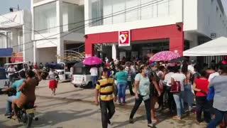 Largas filas y aglomeración en Turbaco