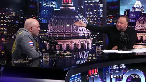 Joe Rogan and Alex Jones talk about the Great Reset