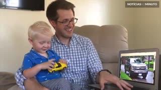 Criança de 2 anos consegue identificar 50 marcas de carros