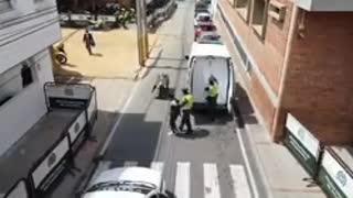 Video: Hombre que portaba un revólver intentó huir de la Policía en Piedecuesta
