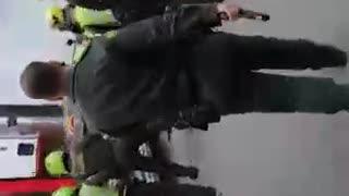 Video: En medio de disparos y una espectacular persecución, Policía recuperó una tractomula robada