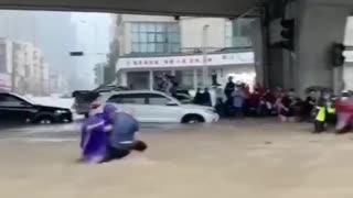 Flood in Zhengzhou City, Henan, China 😱