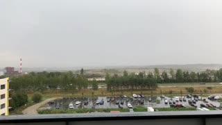 Huge Lightning Strike Scares Videographer