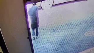 CCTV footage catches criminals wrecking a Cape Town car dealer