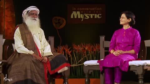 Knowing Yourself, Inside and Out : Sadhguru
