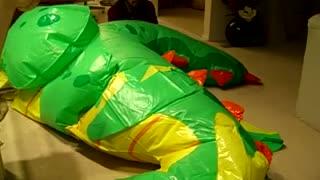 Inflatable World Dragon Inflation