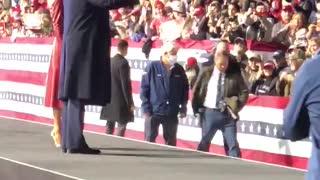 President Trump and Melania Trump Leaving Valdosta Rally