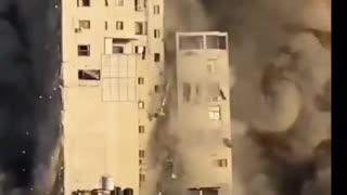 israel building destroyed by airstrike